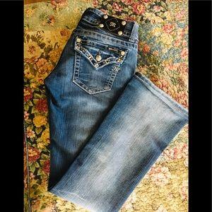 Miss Me jeans in med denim GUC size 29